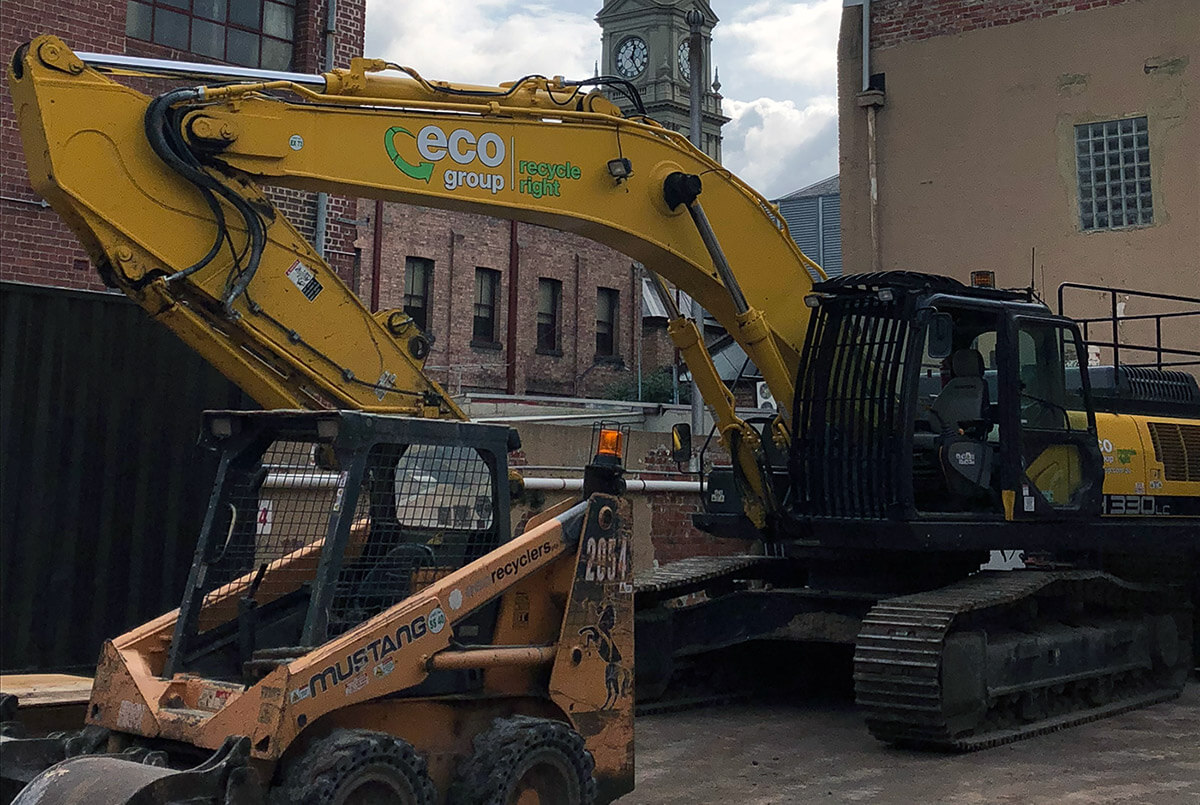 Eco Demolition Excavator